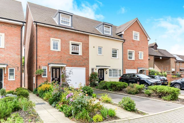 Thumbnail Town house for sale in Princes Court, Royston
