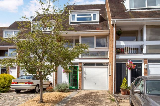 Thumbnail Terraced house for sale in Institute Road, Marlow, Buckinghamshire