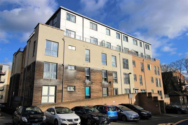 Thumbnail Flat to rent in Cameron Crescent, Burnt Oak, Edgware