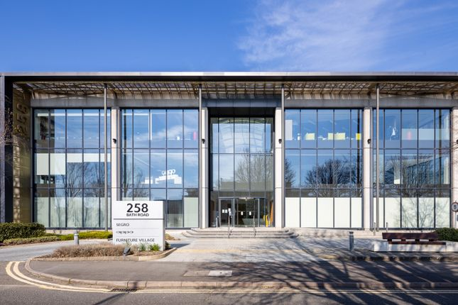 Thumbnail Office to let in 258 Bath Road Central, Slough, Bath Road, Slough