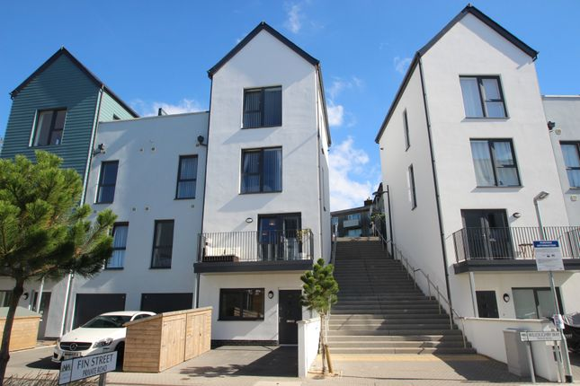 Thumbnail Maisonette to rent in Willoughby Way, Plymouth