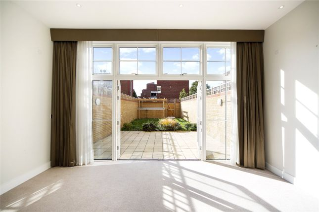 Thumbnail Property for sale in Upper Richmond Road, London