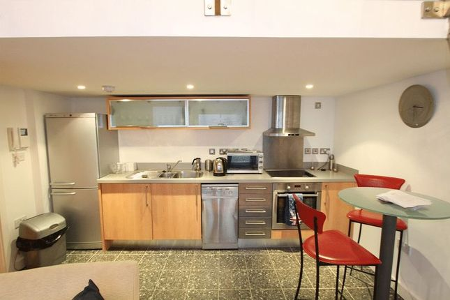 Thumbnail Flat to rent in Weaver Street, Chester