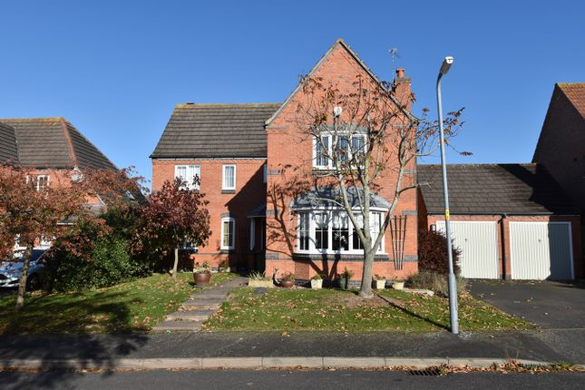 Thumbnail Detached house for sale in Sandles Road, Droitwich