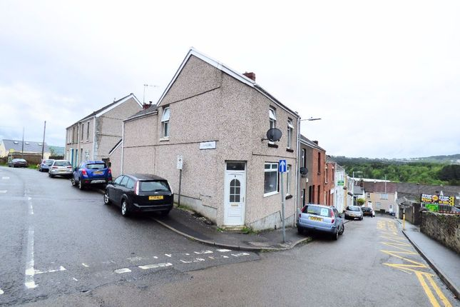 Thumbnail Flat for sale in Britannia Road, Plasmarl, Swansea
