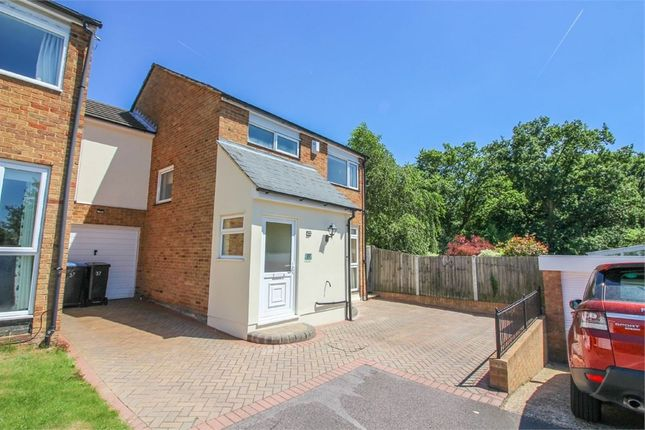 Thumbnail Link-detached house for sale in Paddock Mead, Harlow