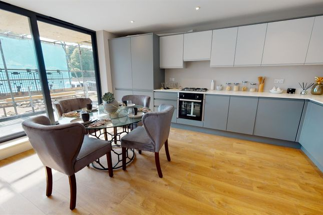 2 bed flat for sale in Crabble Hill, Dover CT17