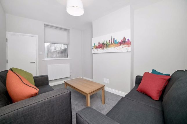Thumbnail Flat to rent in Belton Road, Easton, Bristol