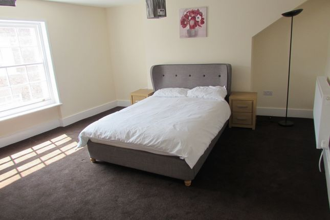 Thumbnail Room to rent in Market Street, Wisbech