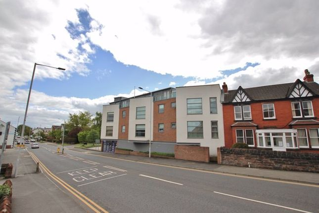 3 bed flat for sale in Heswall Point, Rocky Lane South, Heswall, Wirral CH60