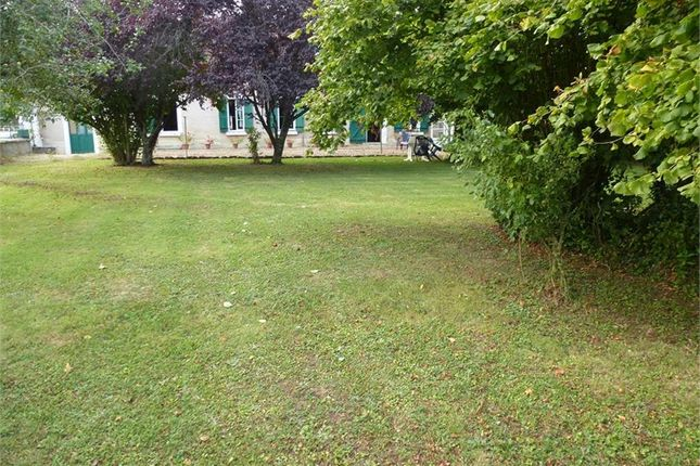 Property for sale in Centre, Indre, Saint Florentin