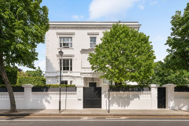 Thumbnail Semi-detached house for sale in Gilston Road, Chelsea, London