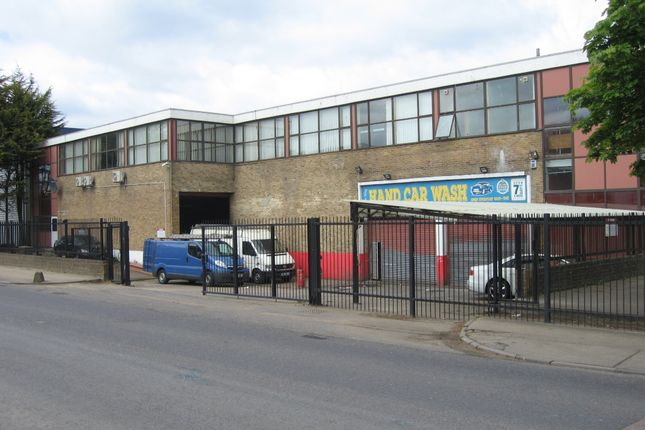 Thumbnail Warehouse to let in River Way, Harlow