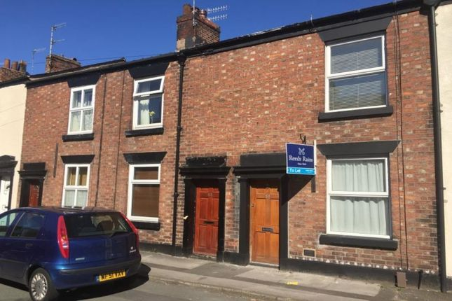 2 bed property to rent in Garden Street, Macclesfield