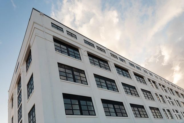 """Thumbnail Flat for sale in """"White Building"""" at Chapel Hill, Basingstoke"""