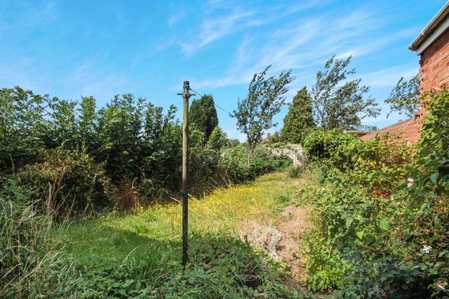 Garden of Southdrift Way, Luton, Bedfordshire, England LU1
