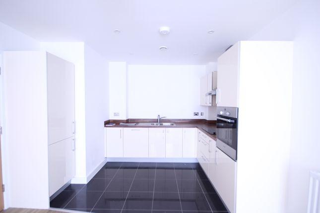 Thumbnail Flat to rent in Longmead Terrace, Bath