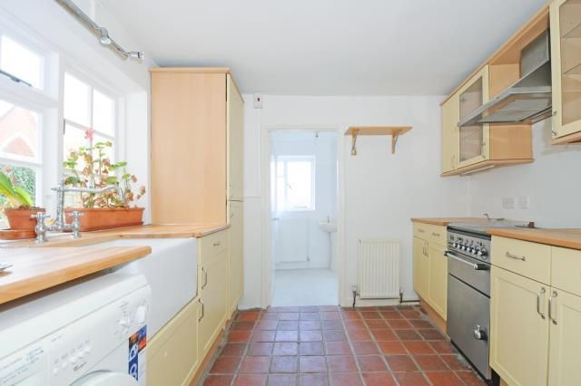 Thumbnail End terrace house to rent in Wallingford, Town Centre