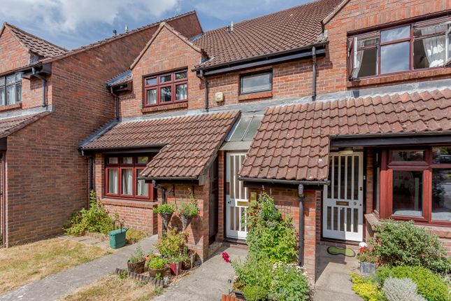 Thumbnail Flat for sale in Bennett Court, Camberley