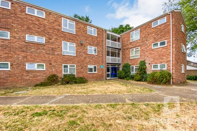Flat for sale in Dolphin Grove, Norwich