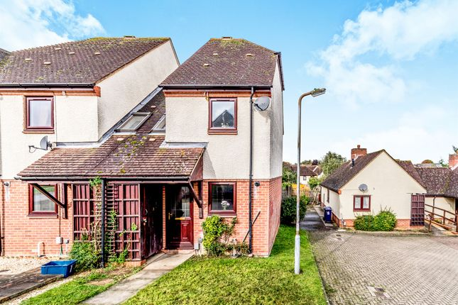 Thumbnail Semi-detached house for sale in Coopers Field, Letchworth Garden City