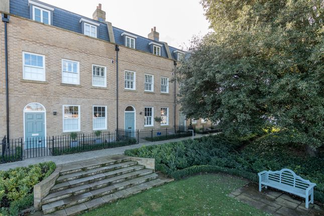 Thumbnail Terraced house for sale in Flagstaff Road, Colchester