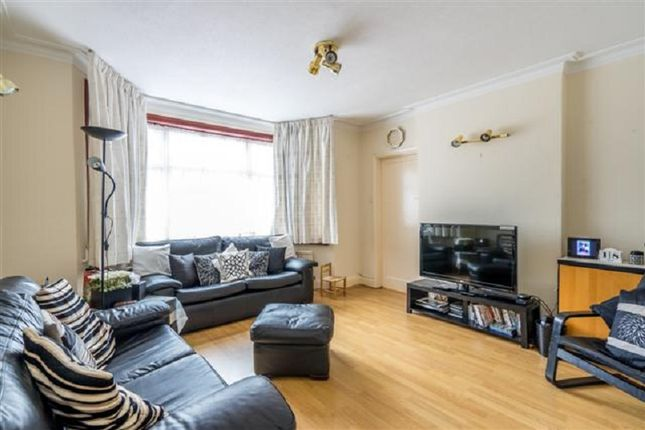 Family Room of Kings Drive, Edgware, Greater London. HA8