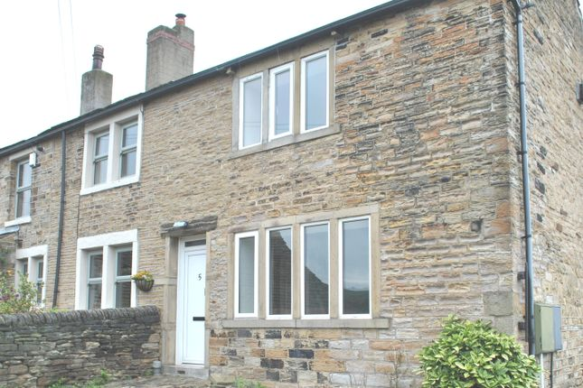 Thumbnail Cottage to rent in Back Lane, Briestfield, Dewsbury