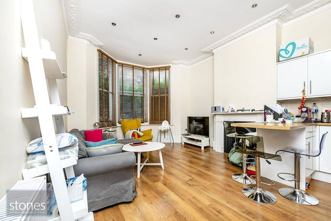 Thumbnail Property to rent in Hemstal Road, London
