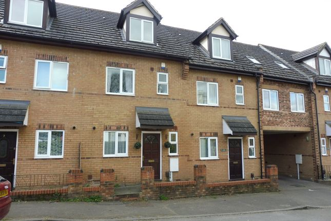 Thumbnail Town house for sale in Thorpe Street, Raunds, Wellingborough