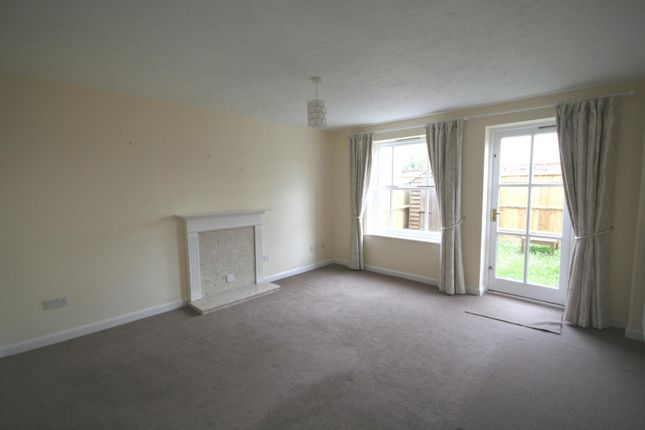 Living Room of Prestwich Place, Botley Road, Oxford OX2