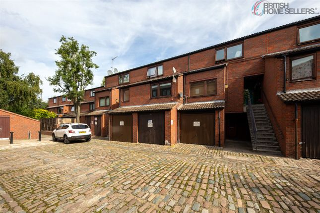 1 bed flat for sale in Minton Mews, London NW6