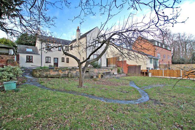 Thumbnail Cottage for sale in Wood Lane, Gedling Village, Nottingham