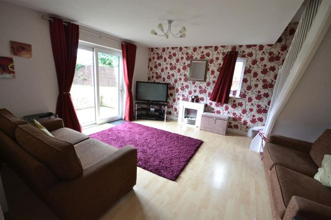 3 bed terraced house for sale in Heron Close, Alcester