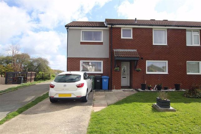 Thumbnail Semi-detached house for sale in Lon Hedyn, Rhyl, Denbighshire