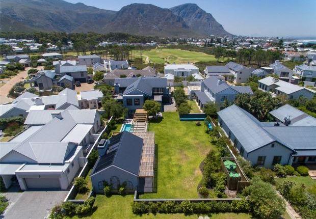 Thumbnail Property for sale in 38 Prestwick Village, Fernkloof Estate, Hermanus, Western Cape, 7200