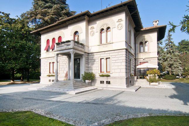 Via Gradisca, 21049 Tradate Va, Italy