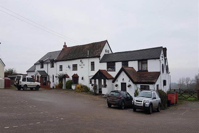 Thumbnail Pub/bar for sale in Worcestershire WR15, Broadheath, Worcestershire