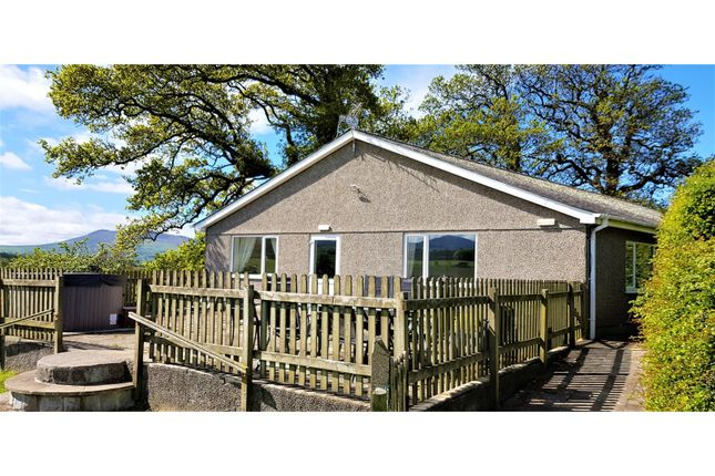 Thumbnail Detached bungalow for sale in Llandwrog, Caernarfon