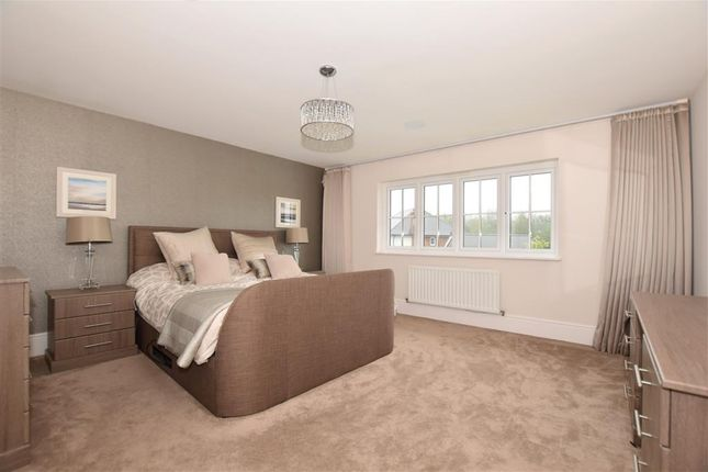 Bedroom 1 of Quarry Road, Ryarsh, West Malling, Kent ME19