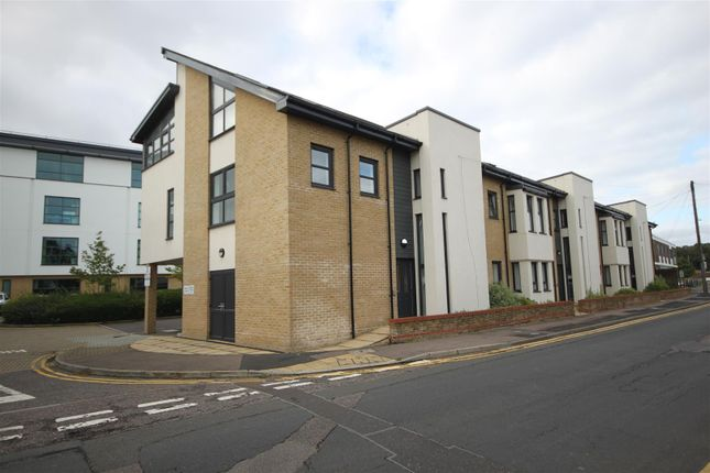 Thumbnail Flat to rent in Cromwell Court, St. Marys Street, Huntingdon