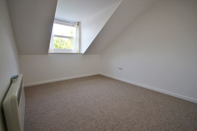 Thumbnail Flat to rent in Campbell Street, Cambridge