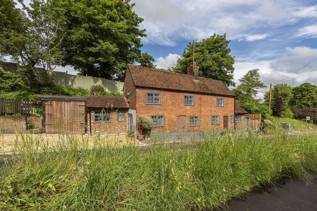 Thumbnail Property to rent in The Hill, St Albans, Herts