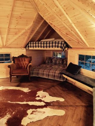 """The Cosy Cabin"" of Brandside, Buxton SK17"
