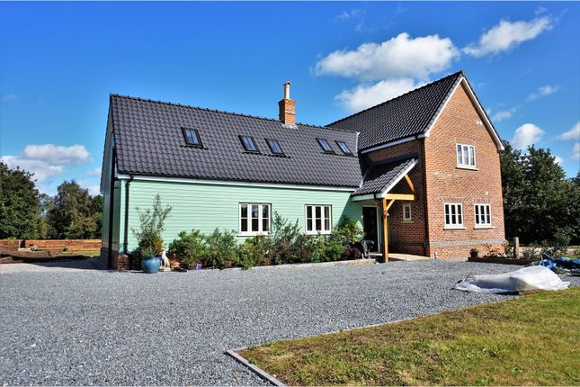 Thumbnail Detached house for sale in Church Road, Wretham