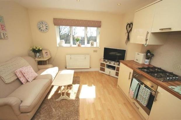 Tg Living Area 2 of Hardwicke Place, London Colney, St. Albans AL2