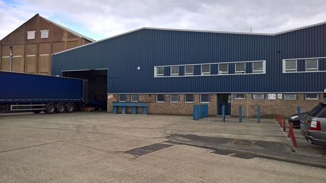 Thumbnail Warehouse to let in Unit 7 Heathway Industrial Estate, Dagenham, Essex
