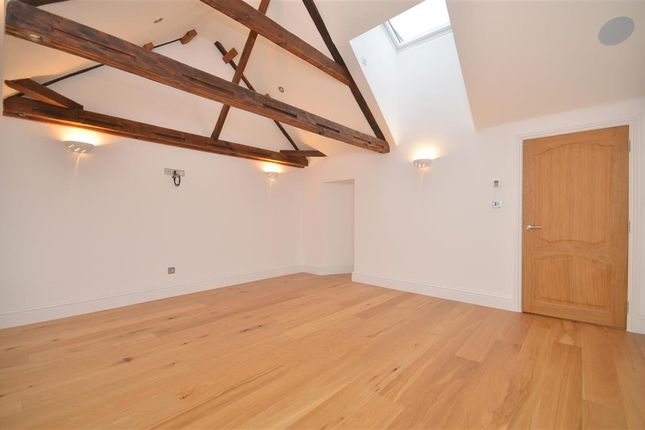 Thumbnail Flat for sale in High Street, Arundel, West Sussex