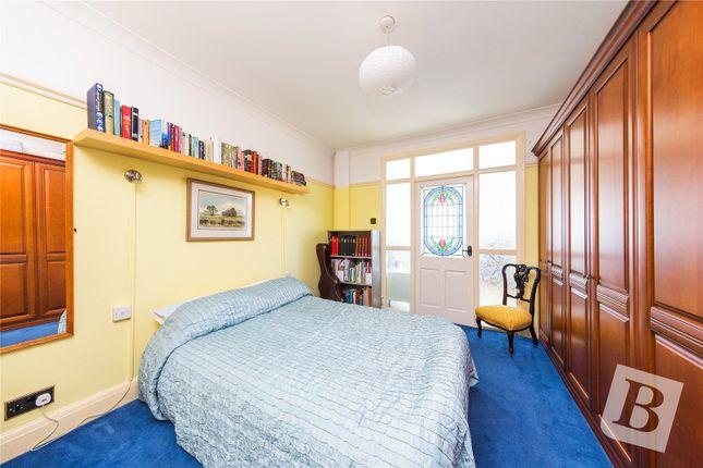 Picture No. 11 of Heathcote Grove, London E4