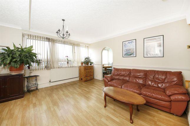 Thumbnail Flat for sale in Russett Way, Lewisham, London